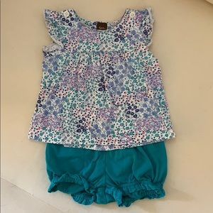 Tea Collection top and shorts
